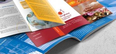 Prospekte und Kataloge